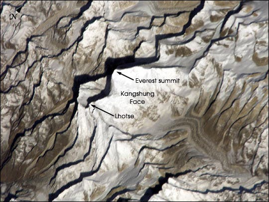 ISS004E8852_everest