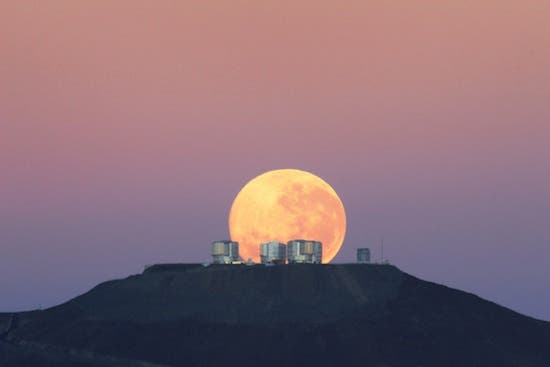 Supermoon-2011-thumb-550xauto-59159
