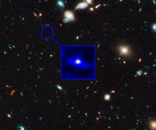 Hubble-Sees-Oldest-Galaxy-in-the-Universe-2