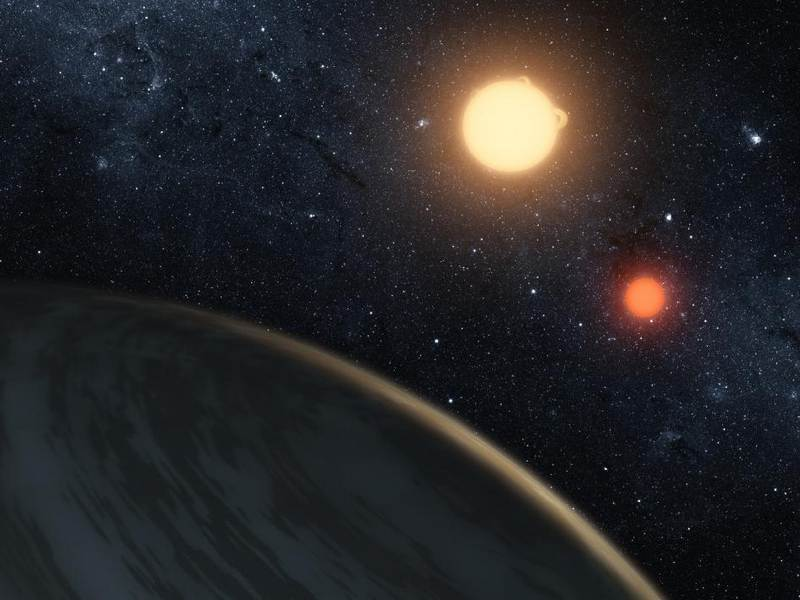A-Planet-Orbiting-two-Stars-1