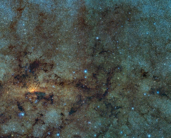Eso-ancient-stars-milky-way-heart
